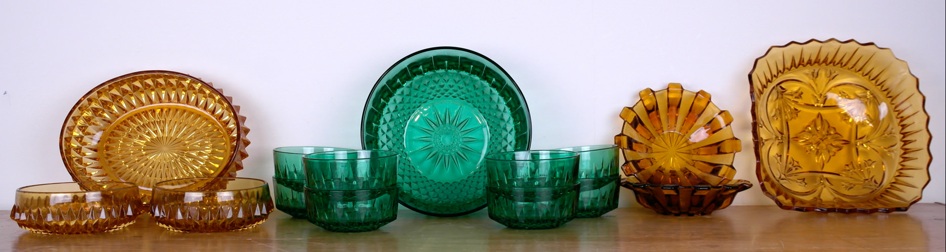 Vintagle glass desert bowls and serving bowls
